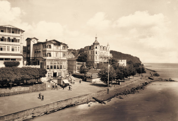 The promenade became more and more spacious, 1930s, © City Archives and City Library Sassnitz