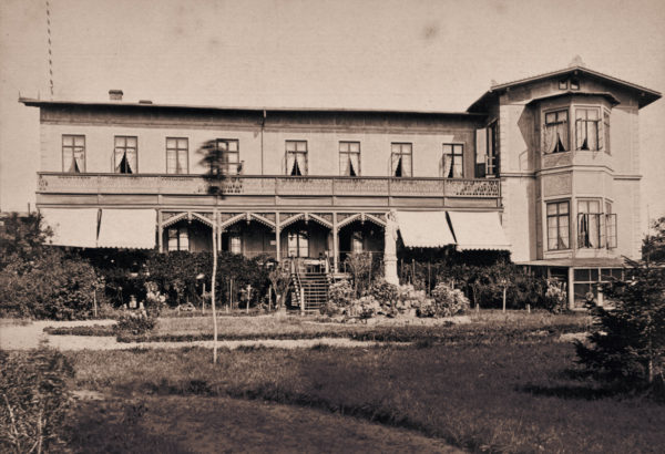 The poor building quality could not be seen at first glance, ca. 1884, © City Archives and City Library Sassnitz