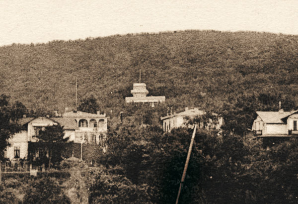 """The villa """"Meereswelle"""", second house from the left, ca. 1905, © City Archives and City Library Sassnitz"""
